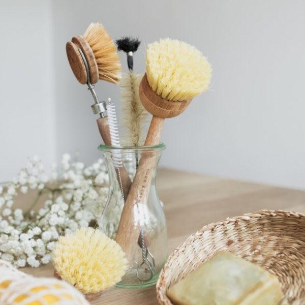 Herbruikbare-houten-afwasborstel-vervangbare-kop-600x600.jpg