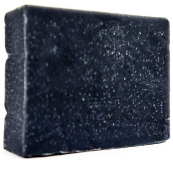 plasticvrij houtskool reinigend blok zeep