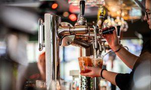bier tappen Lowlander